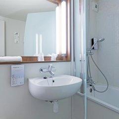 Отель Campanile Villeneuve D'Ascq ванная