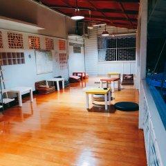 Baan Nampetch Hostel Бангкок фитнесс-зал фото 2