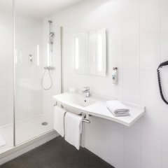 Отель Ibis Centre Gare Midi Брюссель ванная фото 2