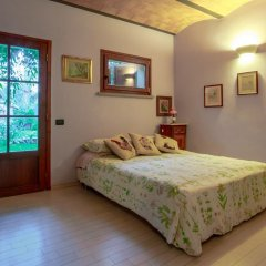 Отель Bed and breakfast I Glicini Кастаньето-Кардуччи комната для гостей