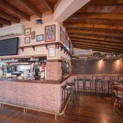 Отель Holiday Centre Apartments Испания, Санта-Понса - отзывы, цены и фото номеров - забронировать отель Holiday Centre Apartments онлайн гостиничный бар