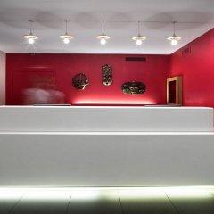 Отель La Cour Des Augustins Boutique Gallery Design Hotel Швейцария, Женева - отзывы, цены и фото номеров - забронировать отель La Cour Des Augustins Boutique Gallery Design Hotel онлайн интерьер отеля фото 2