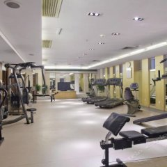 Отель Crowne Plaza Foshan фитнесс-зал фото 4