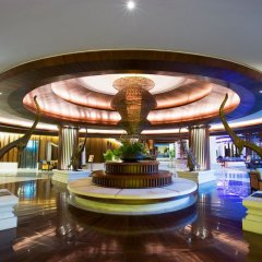 Отель Movenpick Resort & Spa Karon Beach Phuket Таиланд, Пхукет - 4 отзыва об отеле, цены и фото номеров - забронировать отель Movenpick Resort & Spa Karon Beach Phuket онлайн интерьер отеля фото 2