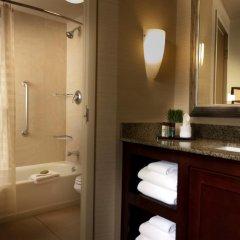 Отель Embassy Suites Fort Worth - Downtown ванная