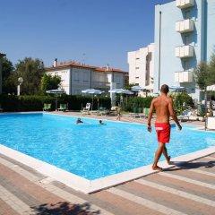 Отель Atlantic Италия, Римини - отзывы, цены и фото номеров - забронировать отель Atlantic онлайн фитнесс-зал