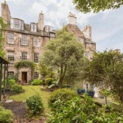 Отель Calton Hill Idyllic Cottage Feel Next 2 Princes St Эдинбург фото 4