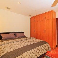 Отель Pattaya Sunset Villa 4 Bedroom Sleeps 8 сейф в номере