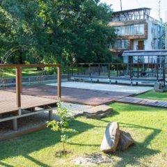 Гостиница Country Club Neftyanik спортивное сооружение