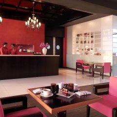 Отель Fairmont Bab Al Bahr интерьер отеля