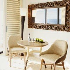 Отель Hilton Los Cabos Beach & Golf Resort удобства в номере