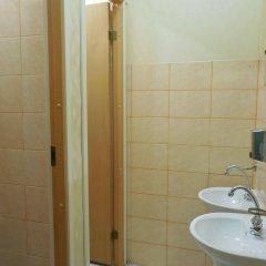 Отель Central Park Hostel Латвия, Рига - 3 отзыва об отеле, цены и фото номеров - забронировать отель Central Park Hostel онлайн ванная фото 2