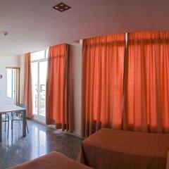 Отель Albergue Inturjoven Jerez De La Frontera Испания, Херес-де-ла-Фронтера - отзывы, цены и фото номеров - забронировать отель Albergue Inturjoven Jerez De La Frontera онлайн комната для гостей фото 2