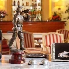 Hotel Delle Vittorie гостиничный бар