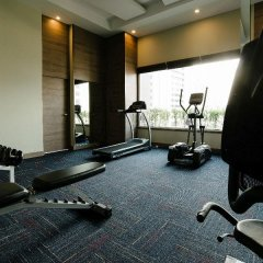 Отель Citrus Sukhumvit 11 Bangkok by Compass Hospitality фитнесс-зал фото 4