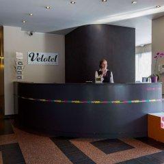 Отель Velotel Brugge Бельгия, Брюгге - отзывы, цены и фото номеров - забронировать отель Velotel Brugge онлайн интерьер отеля фото 3