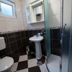 Отель Pavićević Черногория, Тиват - отзывы, цены и фото номеров - забронировать отель Pavićević онлайн ванная фото 2