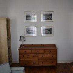 Апартаменты Large 1 Bedroom Apartment in Paris комната для гостей фото 4