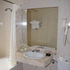 Отель Hostal Alemana Испания, Сан-Себастьян - отзывы, цены и фото номеров - забронировать отель Hostal Alemana онлайн ванная