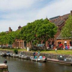 Отель Conscious Hotel Westerpark Нидерланды, Амстердам - отзывы, цены и фото номеров - забронировать отель Conscious Hotel Westerpark онлайн приотельная территория