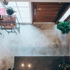 Отель Haus Sathorn 11 Bed & Breakfast Бангкок интерьер отеля