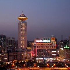 Radisson Blu Hotel Shanghai New World городской автобус
