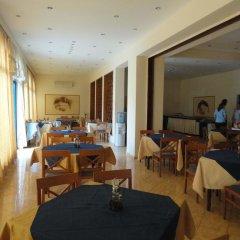 Отель Chaika Hotel Болгария, Св. Константин и Елена - отзывы, цены и фото номеров - забронировать отель Chaika Hotel онлайн питание фото 3