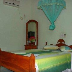 Отель Elephant Camp Guesthouse комната для гостей