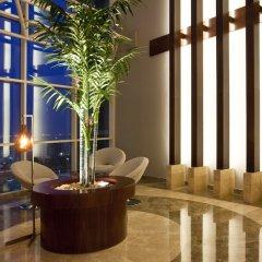Отель Grand Millennium Al Wahda интерьер отеля фото 3