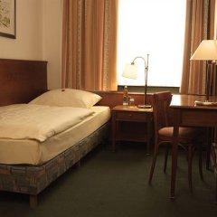 Hotel Amba 3* Стандартный номер фото 4