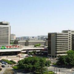 Отель Capital Hotel Китай, Пекин - 8 отзывов об отеле, цены и фото номеров - забронировать отель Capital Hotel онлайн балкон