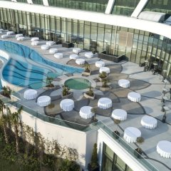 Elite World Asia Hotel балкон