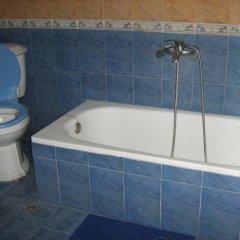Отель Guestrooms Roos Велико Тырново ванная