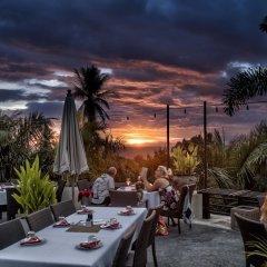 Отель Bans Diving Resort Таиланд, Остров Тау - отзывы, цены и фото номеров - забронировать отель Bans Diving Resort онлайн питание фото 2