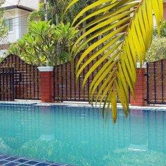 Отель Baan Kanittha - 4 Bedrooms Garden Villa бассейн