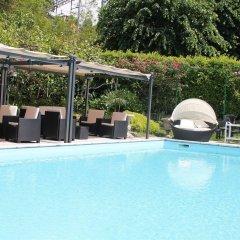 Отель Albergo Paradiso Италия, Макканьо - отзывы, цены и фото номеров - забронировать отель Albergo Paradiso онлайн бассейн фото 2