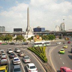 The Motley House - Hostel Бангкок парковка