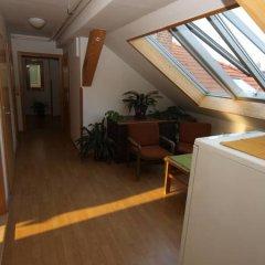 Отель Church Pension Praha - Husuv Dum интерьер отеля
