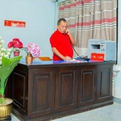 Отель OYO 202 Hotel Kanchenjunga Непал, Катманду - отзывы, цены и фото номеров - забронировать отель OYO 202 Hotel Kanchenjunga онлайн интерьер отеля фото 2