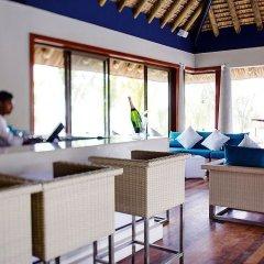 Отель Heritage Le Telfair Golf & Wellness Resort гостиничный бар