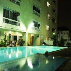 Omni Suites Aparts-Hotel бассейн