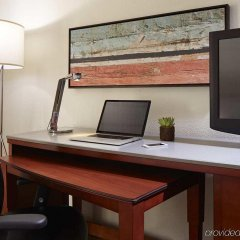 Отель MDR Marina del Rey - a DoubleTree by Hilton США, Лос-Анджелес - отзывы, цены и фото номеров - забронировать отель MDR Marina del Rey - a DoubleTree by Hilton онлайн удобства в номере