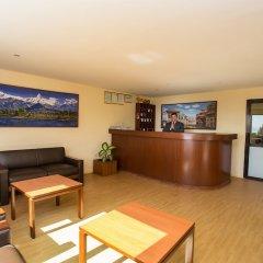 Отель Rupakot Resort Непал, Лехнат - отзывы, цены и фото номеров - забронировать отель Rupakot Resort онлайн интерьер отеля фото 3