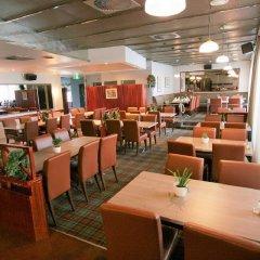 Отель Airport Hotel Bonus Inn Финляндия, Вантаа - 13 отзывов об отеле, цены и фото номеров - забронировать отель Airport Hotel Bonus Inn онлайн питание фото 3