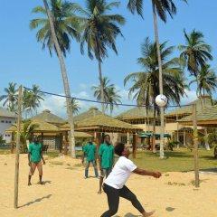Отель Elmina Bay Resort спортивное сооружение