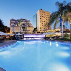 Отель Isla Mallorca & Spa бассейн