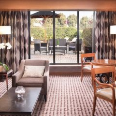 Sheraton Roma Hotel & Conference Center гостиничный бар