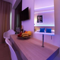 Les Palmiers Beach Hotel in Larnaca, Cyprus from 124$, photos, reviews - zenhotels.com in-room dining