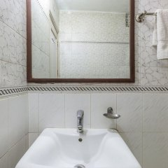 Отель Sahara International Deluxe Индия, Нью-Дели - отзывы, цены и фото номеров - забронировать отель Sahara International Deluxe онлайн ванная