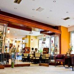 Отель Harmony Чехия, Прага - 12 отзывов об отеле, цены и фото номеров - забронировать отель Harmony онлайн гостиничный бар